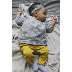 Baby Gap Grey & Yellow Floral Set